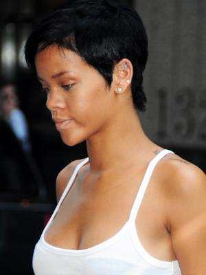 rihanna hair red short. For Girls With Short Hair.