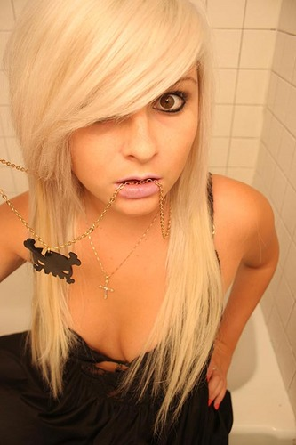 Hot Emo Girls With Blonde Hair.
