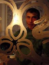 Portrait de Mahmoud Akram designer pour Balouga Edition