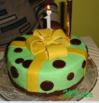 Krisz első tortája