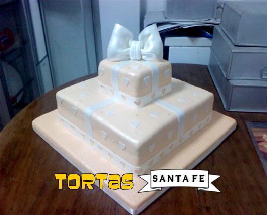 TORTA PARA SEÑORITAS