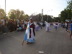 Desfile del I.D.A.F. en Plaza Buján. Moreno