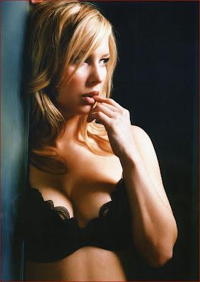 Gemma Bissex glamour pose