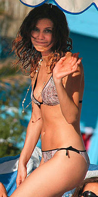 Daria Zhukova bikini photo