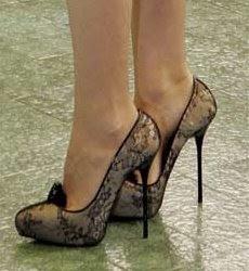 Gwyneth Paltrow stiletto high heels