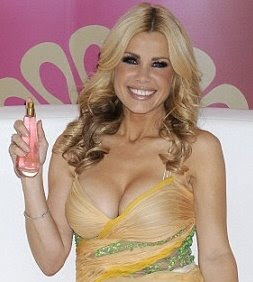 Melinda Messenger perfume cleavage
