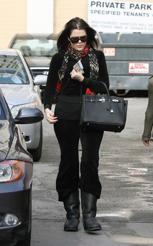 Khloe Thinks It's Ok To Pair Uggs And A Birkin…….