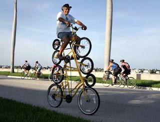 Has montado en Bicicleta? Al menos no en una de estas ;) Bicicletas-raras-20