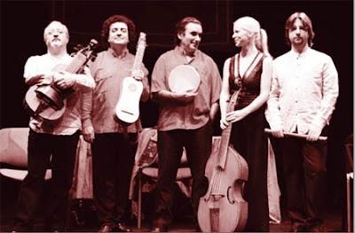 Música Prima (de izquierda a derecha, José Manuel Vaquero, Francisco Orozco, Álvaro Garrido, Johanne Rose y Vicente parrilla