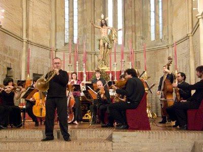 Jorge Rentería tocando con la OBS y Kuijken el Concierto para trompa en re mayor de Haydn (© Carlos Tarín)