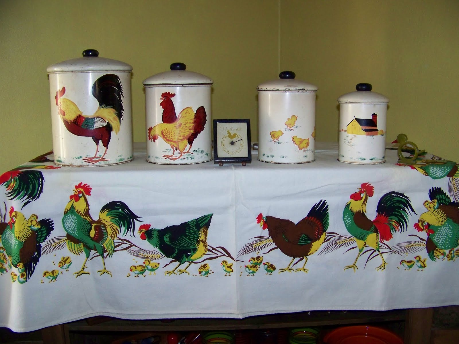 Decorative Chickens For Kitchen C Dianne Zweig Kitsch N Stuff Collecting Rooster And Hen