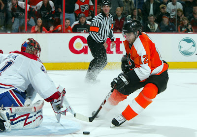 simon gagne flyers injury hurt