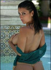 From jessica-canizales-bikini.blogspot.com