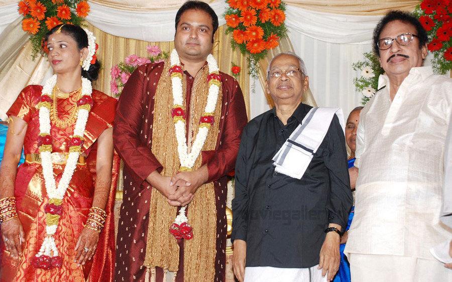 tamil politicians ssr son wedding reception stills ssr