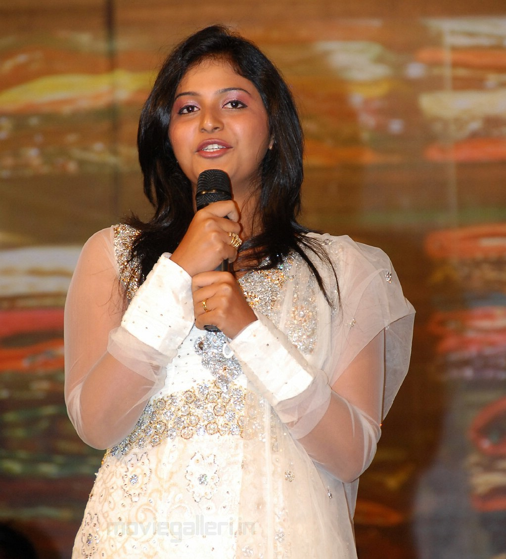 Actress Anjali Cute Pics in Shopping Mall Audio Release Function.