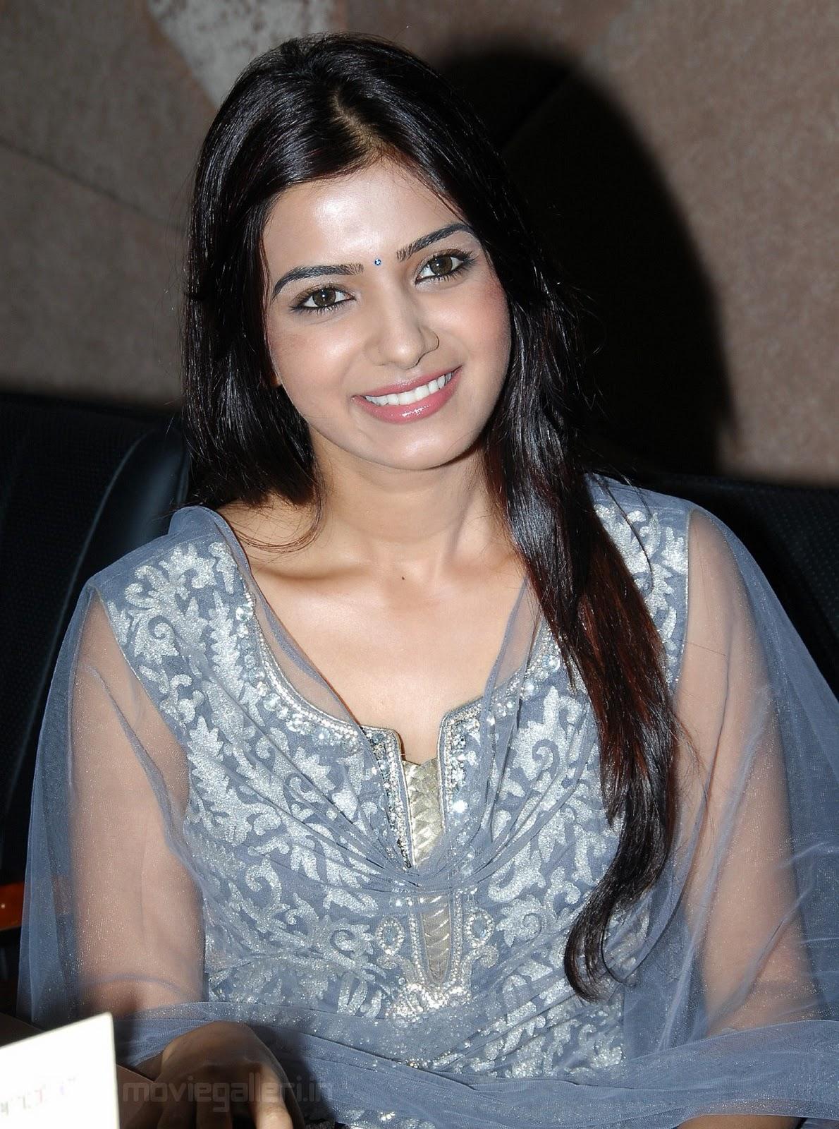 http://2.bp.blogspot.com/_eewr1b1LpYA/TMO8m0kqwAI/AAAAAAAAJ1o/MCGxa_C3rBU/s1600/actress_samantha_cute_smile_stills_wallpapers_03.jpg