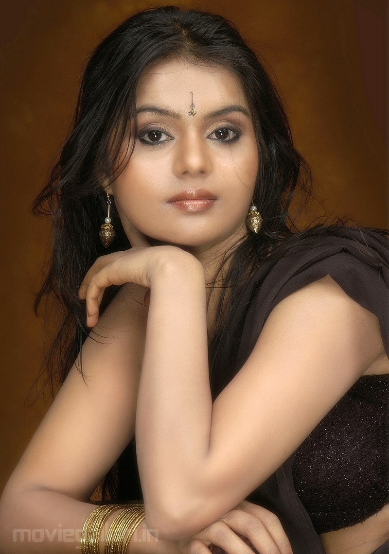 telugu actress stills, Model Sonia Bhatta photoshoot images, Model ...