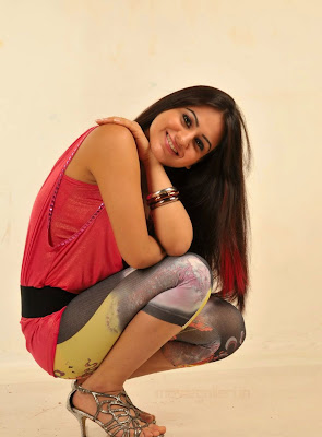 telugu_actress_aksha_latest_hot_stills_01.jpg (1023×1385)