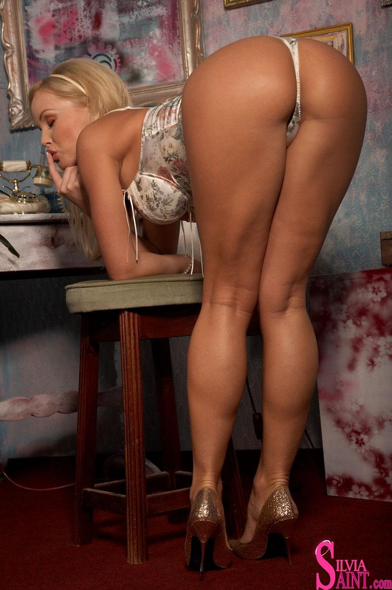 Silvia saint hot
