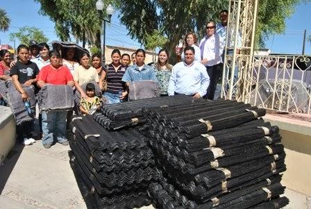 Sonoradigital entrega dif altar laminas de carton a for Laminas de carton