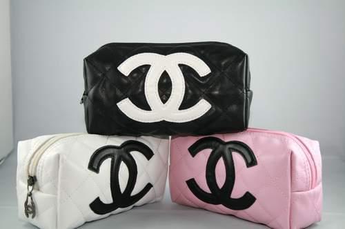 of a chanel make up bag I