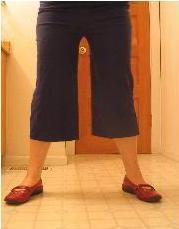 Pantalones capri rectos o shorts con remera reciclada