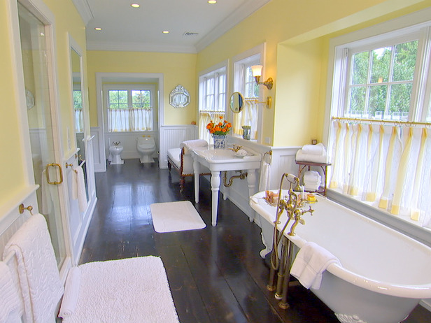 Fly house of design for Bathroom ideas yellow