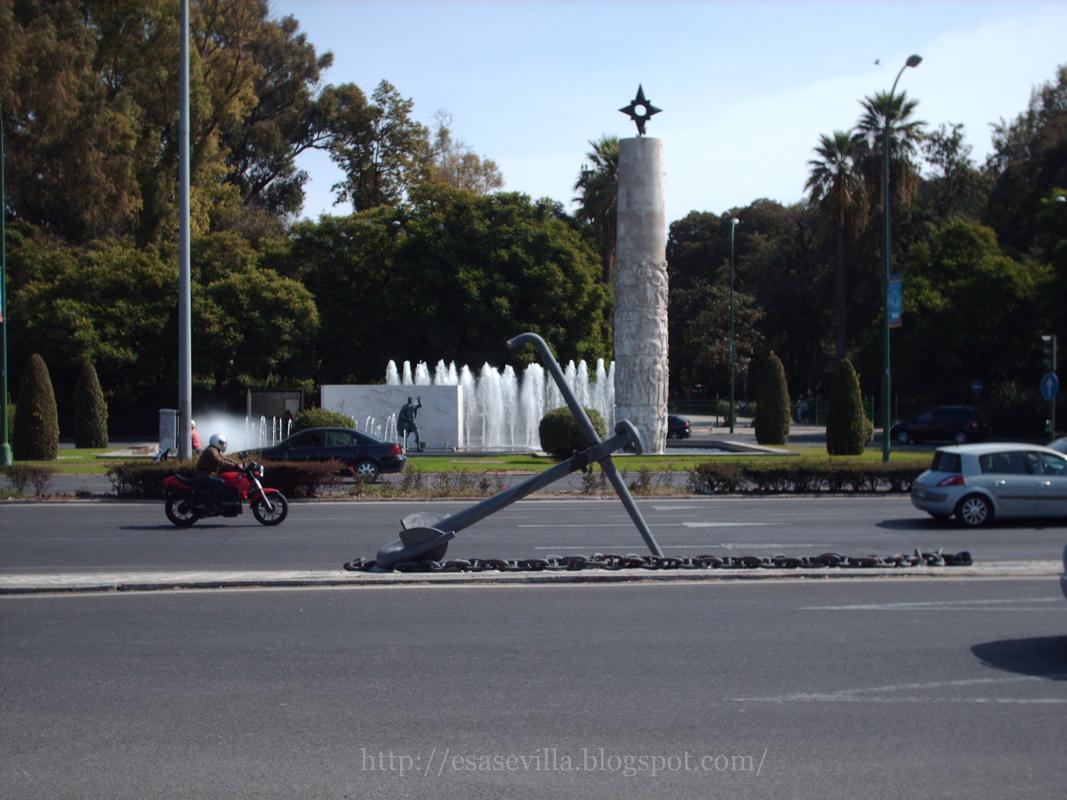 Esa Sevilla: El ancla de la Glorieta de los Marineros