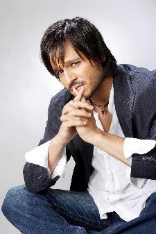 Vivek Oberoi starrer 'Prince' postponed to April 9, 2010