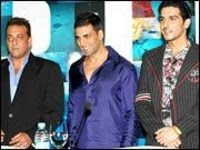 Hall of 'frame' for Sanjay, Akshay and Zayed!