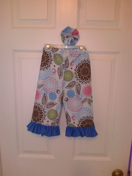 Flower ruffle pants with matching bow