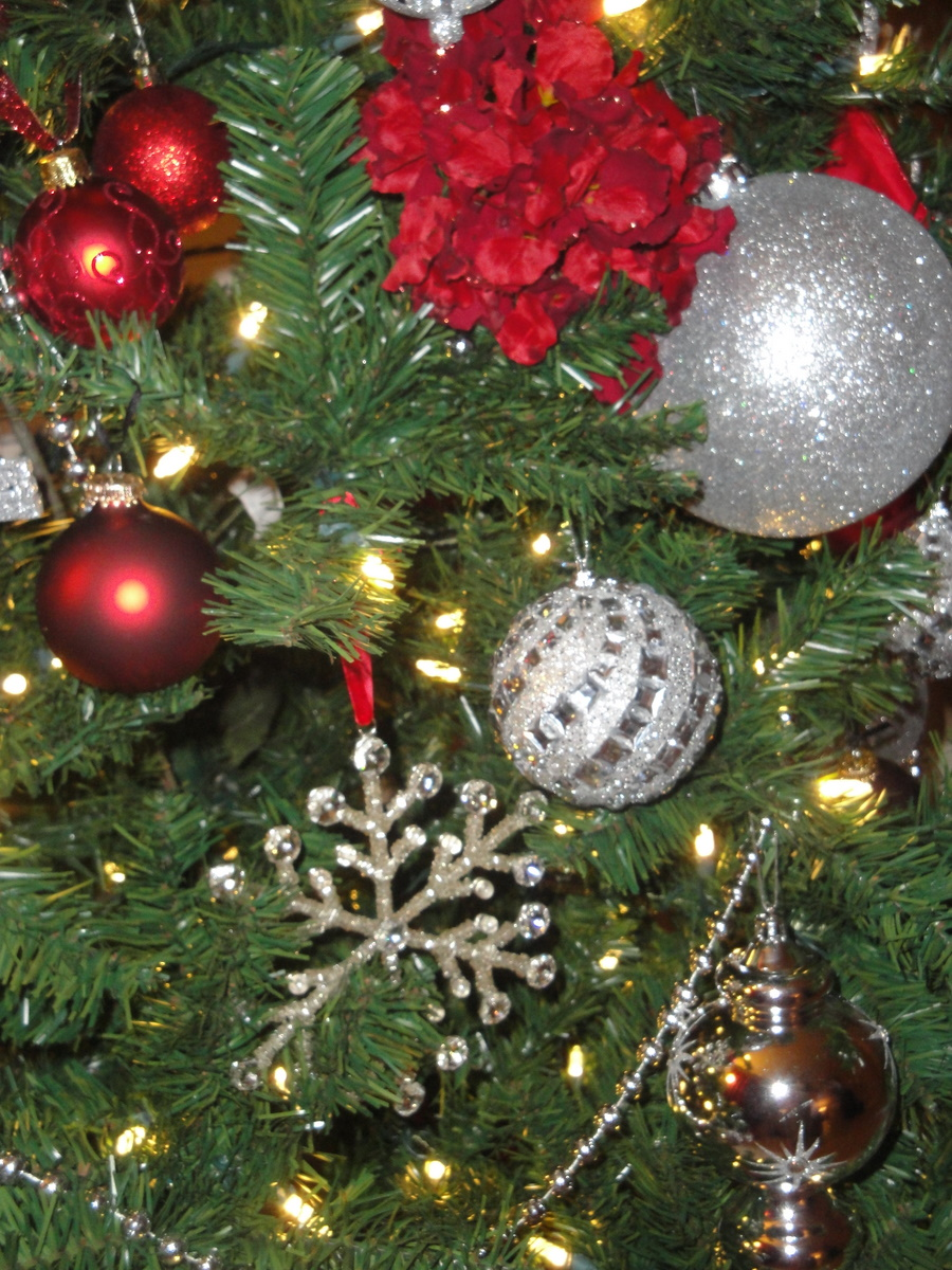 28 Best Christmas Tree Decorations For Sale Archive