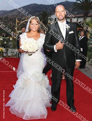Foto de Jenni y su nuevo esposo