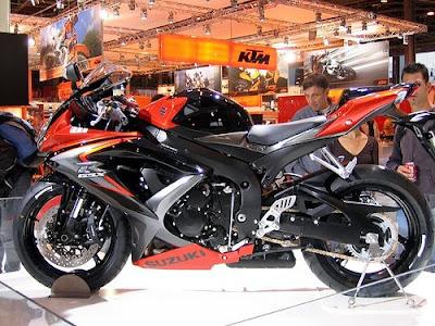 Suzuki GSX-R750 Sportbike