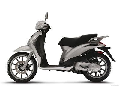 Piaggio Liberty 50 2T, Piaggio, scooter