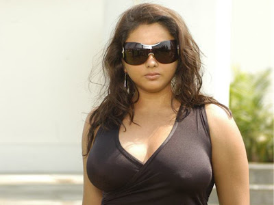 Namitha actress hot look wallpapers from billa.