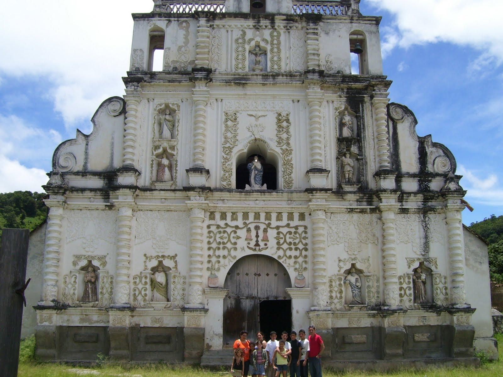 Turismo: La Iglesia San Manuel de Colohete