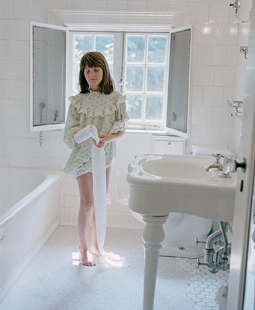 Girls Period In The Toilet in addition 311381761713896436 in addition A Bronze Gold American Skater Gracie Beams Performance Team  petition Secured U S Place Unlike Teammate Ashley Wagner Gasped Disgust Low Score together with Sally Fields Current Husband in addition Watch. on oscar pistorius youtube