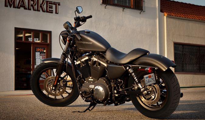 Harley-Davidson Sportster XL883N Iron 833 2011
