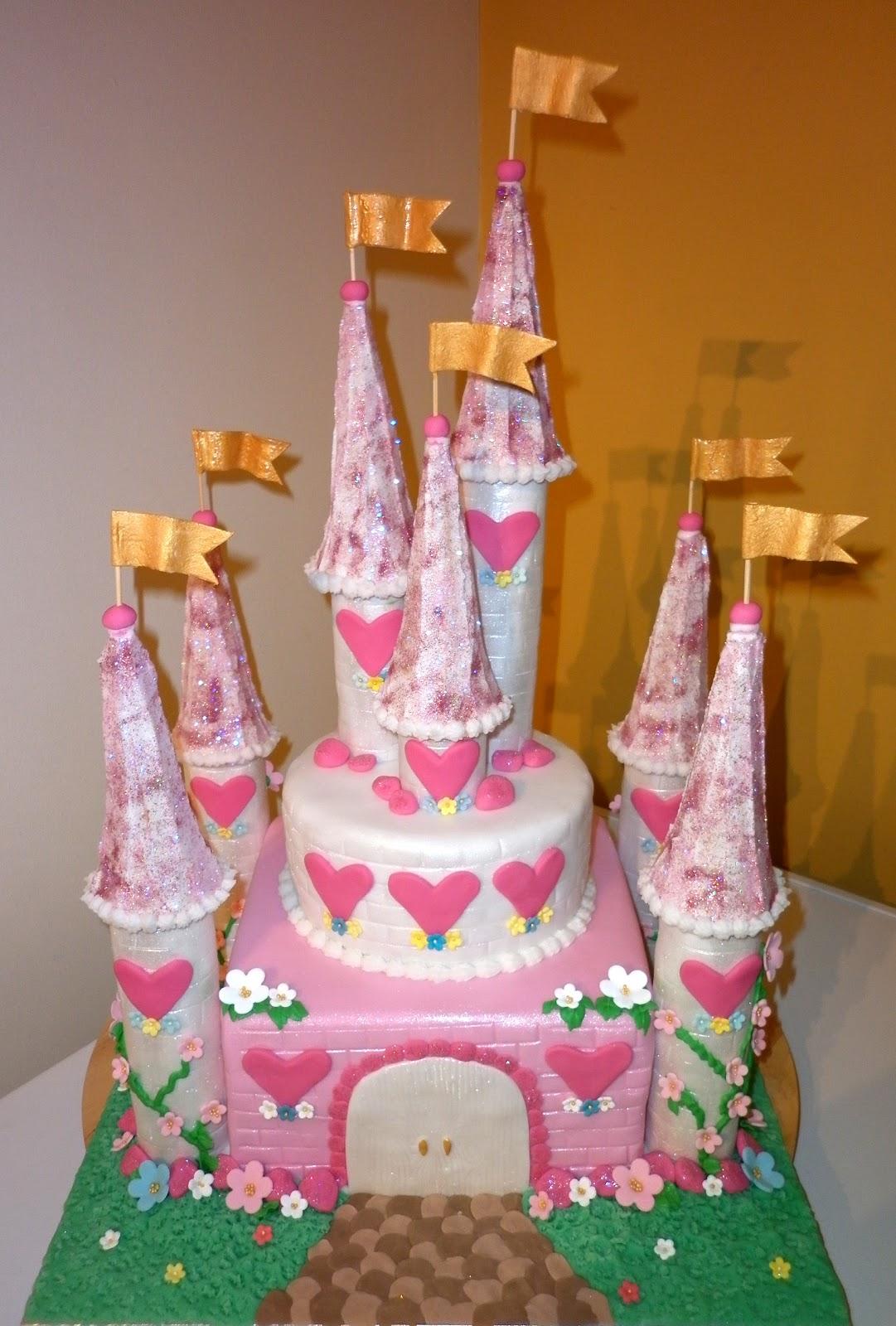 Pictures Of Princess Castle Cake : Caketopia: Hannah s Pink Princess Castle Cake