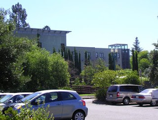 view from parking lot behind Hotel Healdsburg