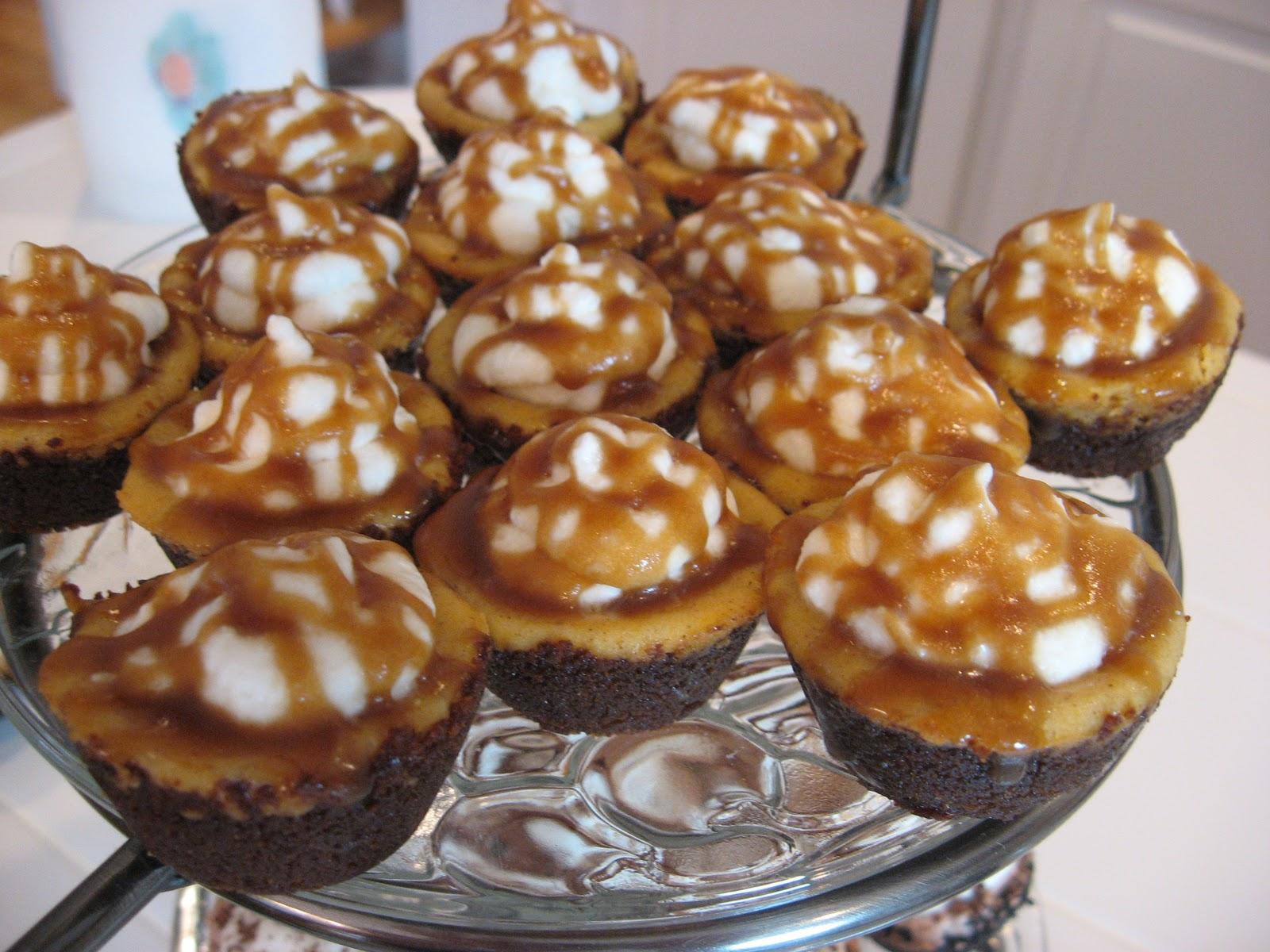 PJ's Recipe Box: Pumpkin Cheesecake Pie Bites