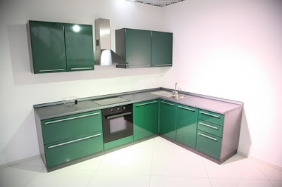 Green Kitchen Design 2