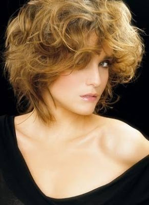Modern Short Messy Hairstyles for Women