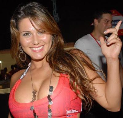 Livia Andrade7