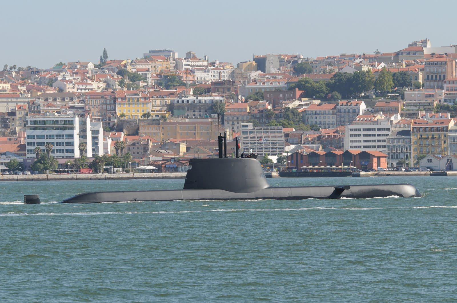 Forças Armadas Portuguesas/Portuguese Armed Forces - Page 2 NRP+TRIDENTE+2010-08-02+%C2%A9+Lu%C3%ADs+Miguel+Correia+4991