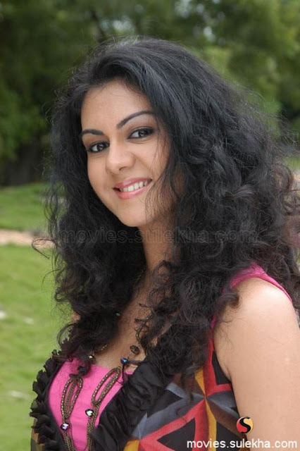 South Indian Hot Actress Anuththara Sooriyabandara