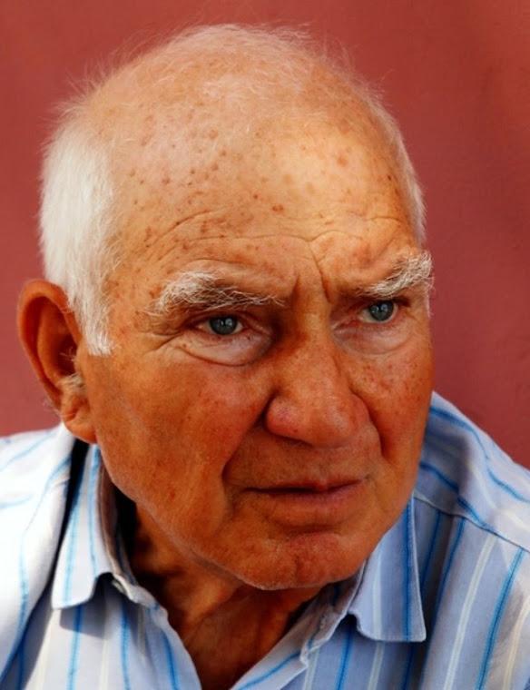 069- Atina'da bir Büyükadalı...