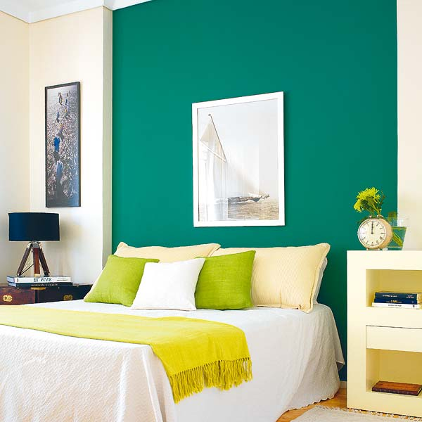 Colores para decorar con que colores combina pared verde for Pintura verde turquesa