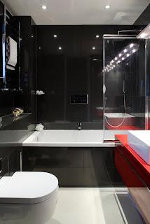 baie stial japonez rosie, alb si negru